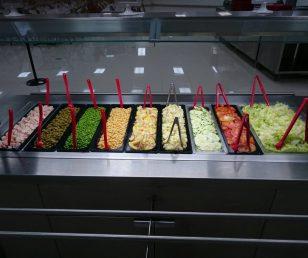 Salad Bar de nuestro programa Vida Saludable